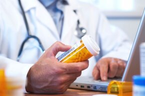 Doctors may prescribe tricyclic antidepressants for patients with neuropathy.