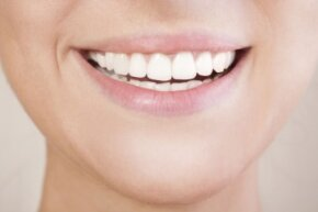 Research suggests that oil pulling may indeed be an effective way to maintain a healthy smile.
