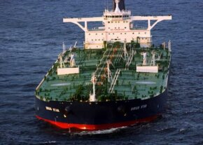 The VLCC-class tanker MV Sirius Star at anchor off the coast of Somalia, shortly after being overrun by pirates.