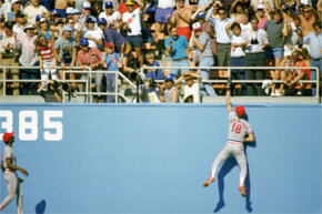 You're looking at five-time Gold Glove winner Andy Van Slyke, then playing for the St. Louis Cardinals and reaching for the catch against the Los Angeles Dodgers. Safe to say that Van Slyke knew a thing or two about the physics of fielding a ball.