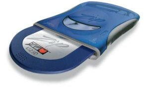 The Zip drive comes in several configurations, including SCSI, USB, parallel port and internal ATAPI.