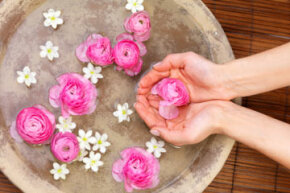 Some people use rose water as a moisturizer, since its natural oil may helptrap water in the skin.
