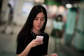 If you've been bombarded with texts from a single person and never responded, it may be up to the texter to get the hint.