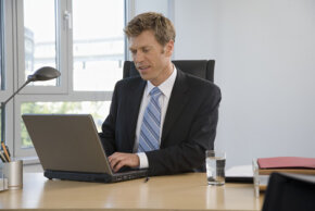 Many business accountants use sales forecasting software to make projections.