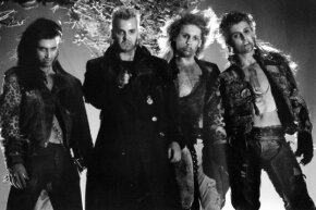 """Aww, yeah. Now that's the '80s! Left to right, Billy Wirth, Kiefer Sutherland, Brooke McCarter and Alex Winter in a scene from 1987's """"The Lost Boys."""""""