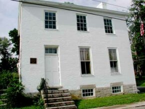 Historic houses are visible from Ohio River Scenic Byway.