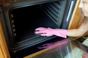Cleaning ovens by hand is annoying -- do self-cleaning ovens really take all the drudgery out of the task?