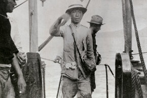 Emilio Aguinaldo broke up with Spain to set up the Republic of Biak-na-Bato in the Philippines ... for 44 days.