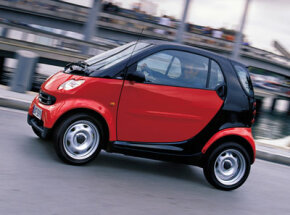 Image Gallery: Small Cars Smart Fortwo Coupe Pure. See more small car pictures.