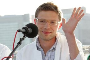"""Shown in happier days, Jonah Lehrer participates in the """"You and Your Irrational Brain"""" panel discussion at the 2008 World Science Festival in New York City."""