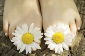 If only feet smelled like flowers instead of funk.