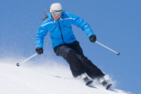 Are the slopes calling your name? Start packing your gear! Check out these winter sports pictures.
