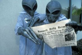 Did the U.S. government hide evidence of a crashed alien spacecraft in Roswell, N.M.?