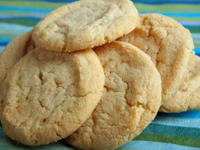 Sugar cookies are simple, sweet and yummy. See more candy pictures.