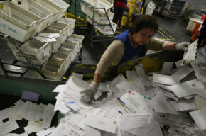 The U.S. Post Office prepared to handle an expected 23 million tax returns as last-minute filers rushed to get their 2007 income taxes in before midnight.