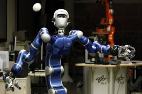 Hey, robots can play catch. Robot Justin, a humanoid two-arm system, developed by the German air and space agency, Deutsches Zentrum fur Luft- und Raumfahrt, can perform given tasks autonomously such as catching balls or serving coffee. See more robot pictures.