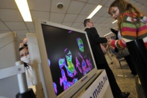 In May 2009, the Budapest Airport used a a thermographic camera at a security gate to monitor passenger temperatures to screen for possible carriers of influenza A(H1N1).