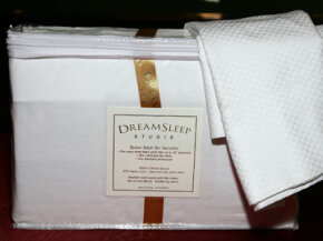 These sheets from Dreamsleep Studio were included in the Emmy Awards gift baskets in 2006. The label reads 618 thread count; but are they really that different from 400 thread count?