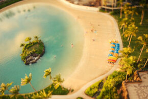 The use of a tilt-shift lens makes this Hawaiian lagoon like a diorama.