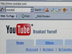 "YouTube是谷歌众多广受欢迎的网站之一。""border="