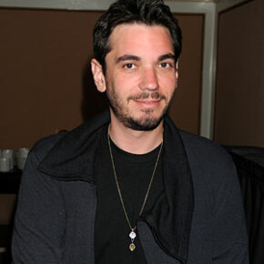DJ AM was known for his mashups — blends of at least two songs.