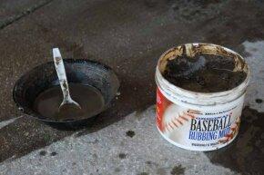 Lena Blackburne's Baseball Rubbing Mud: balm to ball players everywhere.