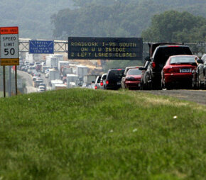 Travelers in Maryland are warned of changes in traffic patterns as they travel on a seven-mile, two-hour traffic jam caused by construction of a new bridge.