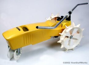 A typical tractor traveling sprinkler
