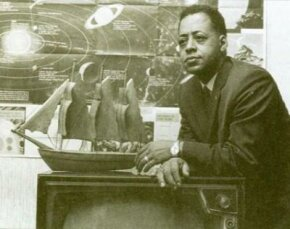 Barney Hill and his wife, Betty, recounted under hypnosis that they were abducted by extraterrestrials on the evening of September 19, 1961. While in the spacecraft, they each experienced separate medical examinations.