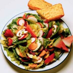Meals like a salad provide the nutrients needed for optimum health while allowing you to manage your weight.