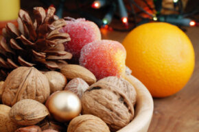 Fruits and protein-rich foods can help keep you away from unhealthy snacking this holiday season. See more enlightened desserts pictures.