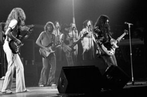 "Skynyrd plays the Fox Theater in 1976. Is this where the ""Play Freebird"" phenomenon first began?"