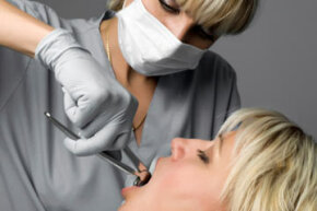 By leaning on a trained dental professional's knowledge and care, you can generally expect the wisdom-teeth extraction procedure and recovery to go smoothly.