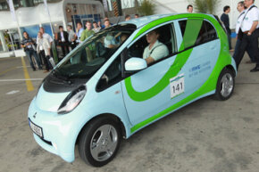 The Mitsubishi iMiEV electric car -- which is certainly diminutive in size -- is absolutely huge when compared to the world's smallest electric car.