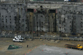 The World Trade Center slurry wall as it looked during construction at Ground Zero in 2006