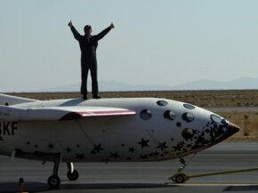 Pilot Mike Melville atop SpaceShipOne