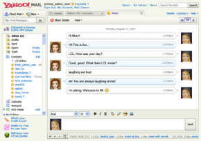 ­Yahoo Mail users can conduct instant messaging with contacts.