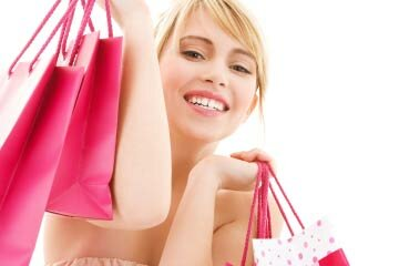 Do pink bags make her more likely to buy?