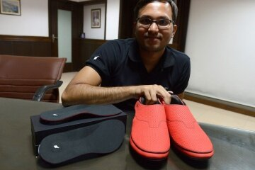 Haptic shoes and insoles are expected to hit the market in 2015.