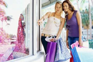 Sure, we'd all like to be fashionable, but designer clothes are prohibitively expensive for many people.