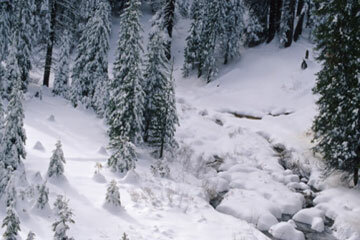 The John Muir Trail is gorgeous in winter, but hiking it can be dangerous once the temperature dips.