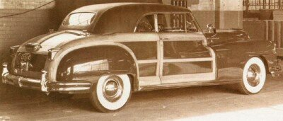 The eight-cylinder convertible accounted for the bulk of Town & Country production through 1950.
