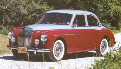 Gerald Palmer's Italian-influenced exterior design was quite a departure for an MG, but the Magnette's radiator grille left no doubt about its parentage.