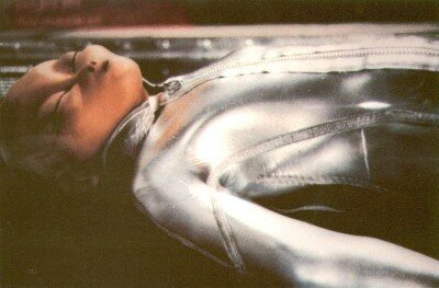 Impressionable people believe this widely published photograph shows the body of an extraterrestrial humanoid recovered from the crash site of a flying saucer. In fact, the figure in the picture, taken in 1981, is a max doll displayed in a museum in Montreal.