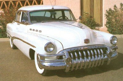 The Roadmaster looked new again for 1950, sporting the flashiest dental work ever seen.