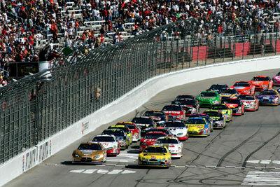 The start of the NASCAR Nextel Cup Series Pepboys Auto 500 at Atlanta Motor Speedway on Oct. 28, 2007, in Hampton, Ga.