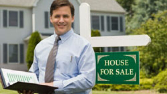 10 Signs an Agent Is No Good at Selling Houses