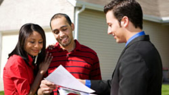 10 Benefits of Using a Real Estate Agent to Buy a Home
