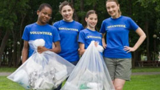 10 Kid-friendly Places to Volunteer
