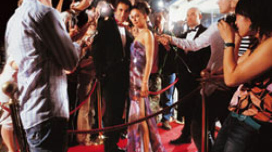 10 Ideas for a Red Carpet Event